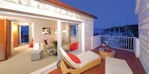 Riva-Marina-suite-terrace-Riva,-Hvar-Yacht-Harbour-Hotel